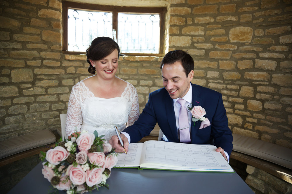 Winkworth_Farm_Wedding_Photographer_Malmesbury_013.jpg