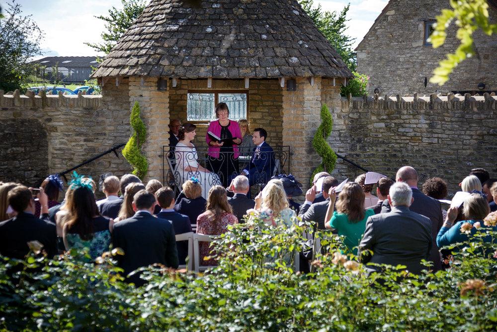 Winkworth_Farm_Wedding_Photographer_Malmesbury_012.jpg