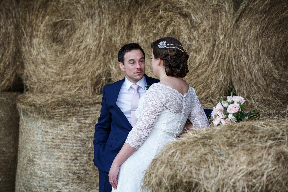 Winkworth_Farm_Wedding_Photographer_Malmesbury_016.jpg