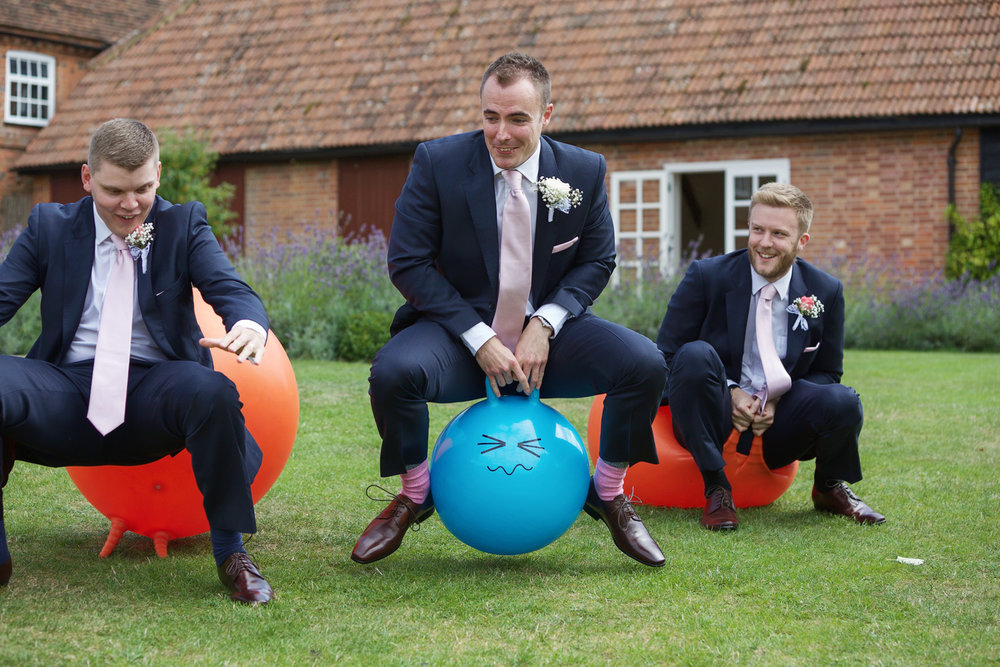 Ufton_Court_Barn_Wedding_Photographer_Reading_Berkshire_026.jpg