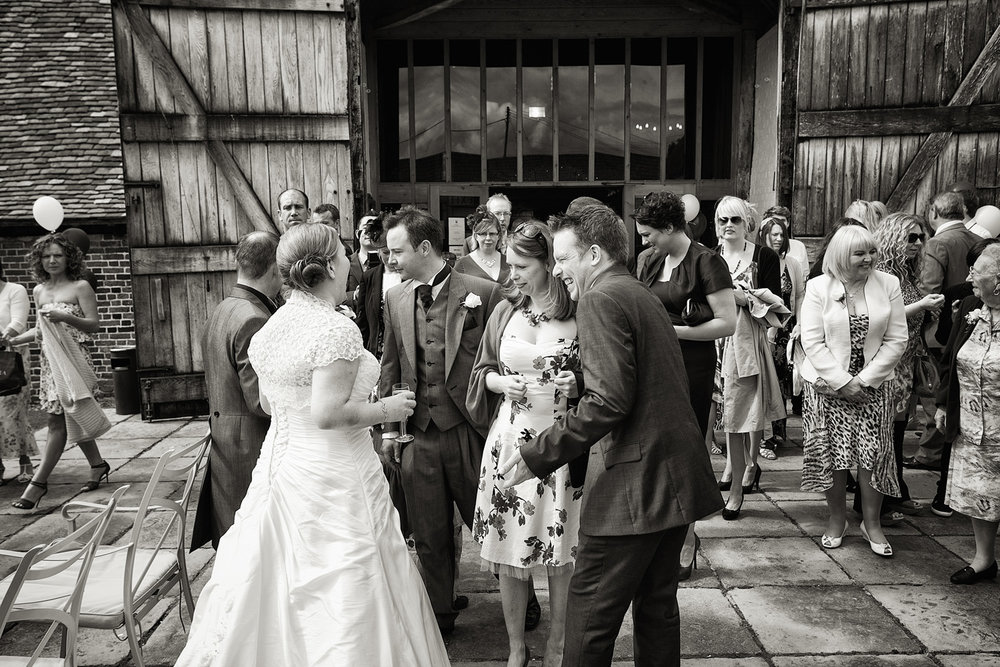 Ufton_Court_Barn_Wedding_Photographer_Reading_Berkshire_060.jpg