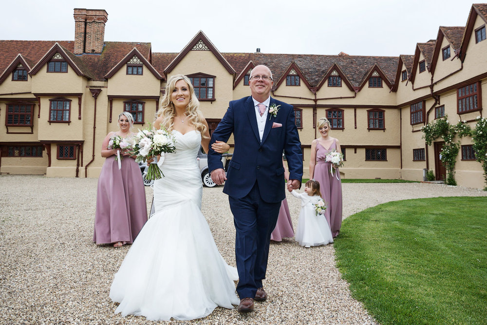Ufton_Court_Barn_Wedding_Photographer_Reading_Berkshire_061.jpg