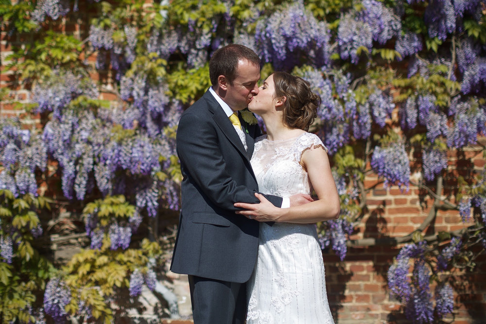 Ufton_Court_Barn_Wedding_Photographer_Reading_Berkshire_067.jpg