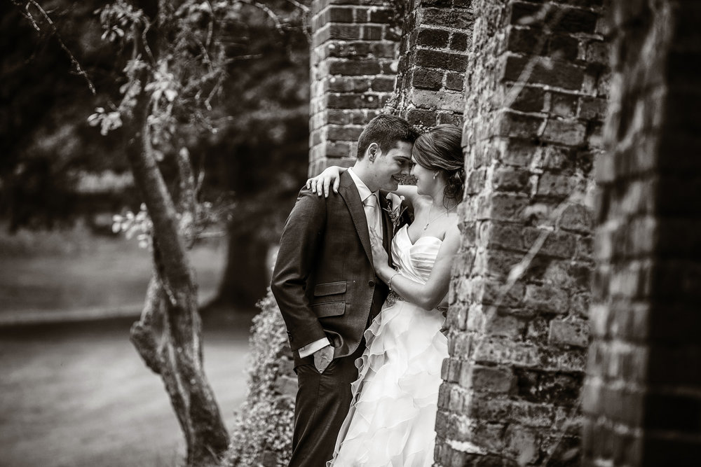 Ufton_Court_Barn_Wedding_Photographer_Reading_Berkshire_073.jpg