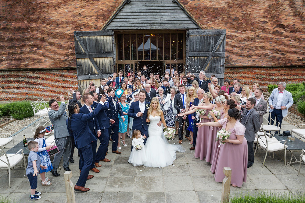 Ufton_Court_Barn_Wedding_Photographer_Reading_Berkshire_093.jpg