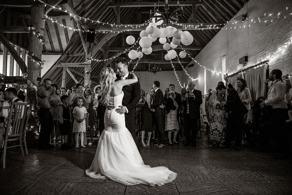 Ufton_Court_Barn_Wedding_Photographer_Reading_Berkshire_134.jpg