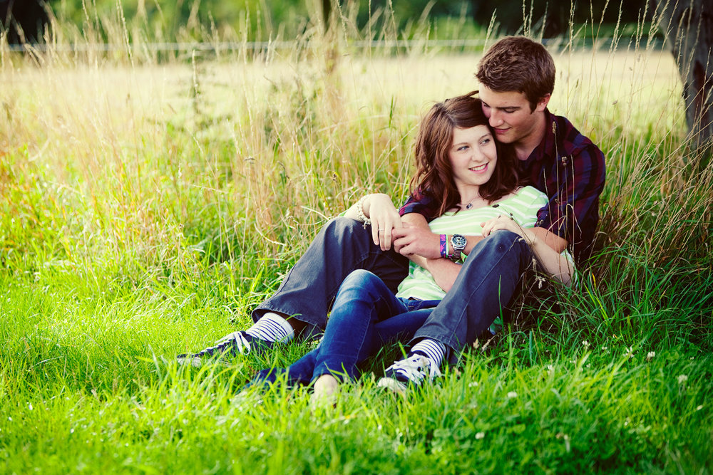 Couple_Adult_Portrait_Photographer_Newbury_Berkshire_009.jpg