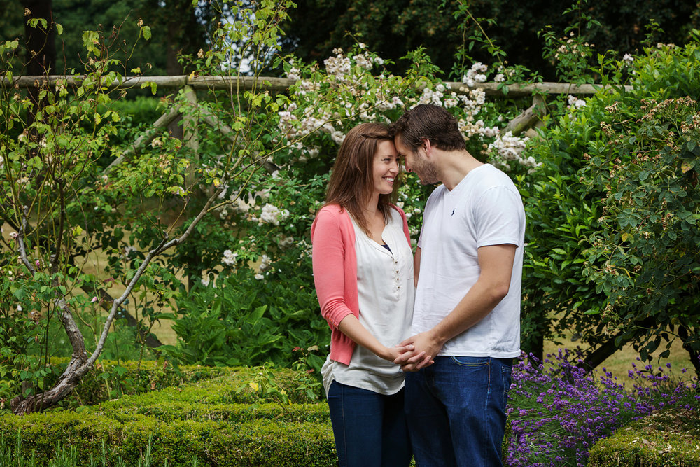 Couple_Adult_Portrait_Photographer_Newbury_Berkshire_023.jpg