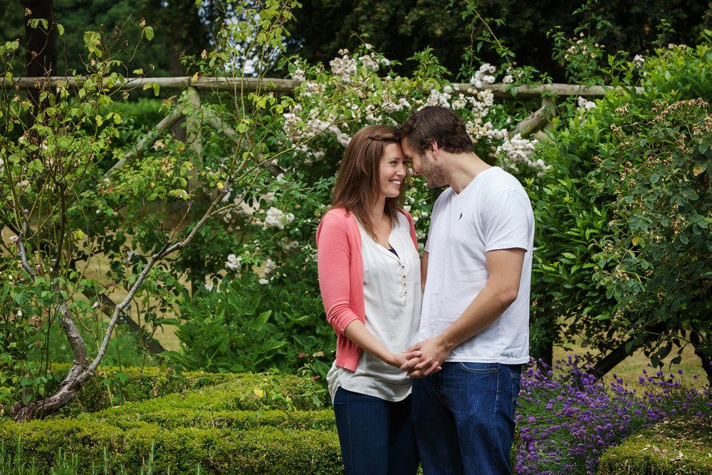 Couple_Adult_Portrait_Photographer_Newbury_Berkshire_023.jpg