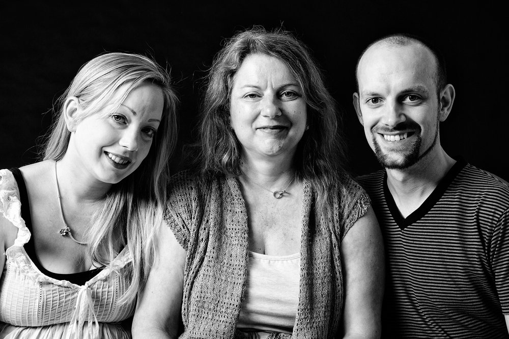Family_Generations_Portrait_Photographer_Newbury_Berkshire_004.jpg