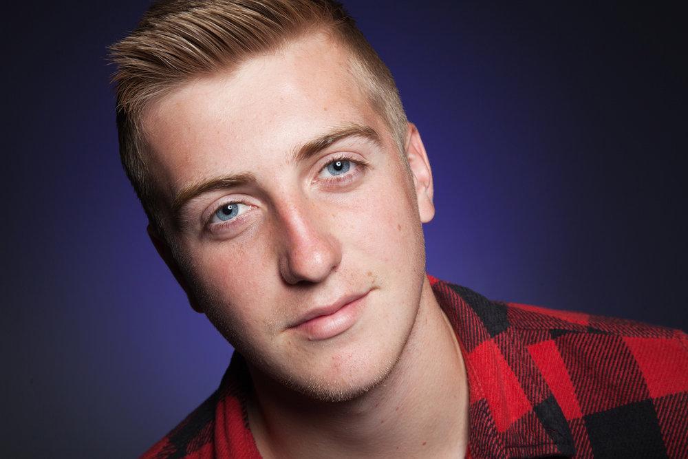 Teen_Portrait_Photographer_Newbury_Berkshire_011.jpg