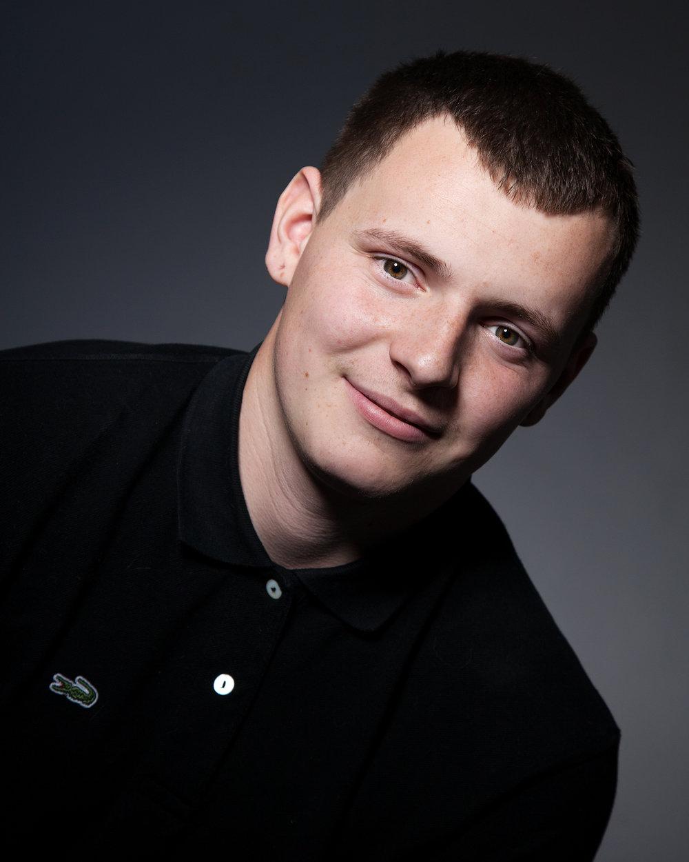 Teen_Portrait_Photographer_Newbury_Berkshire_015.jpg