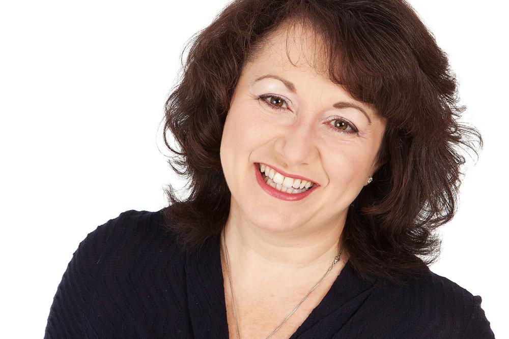 Womens_Commercial_Headshot_Photographer_Newbury_Berkshire_007.jpg