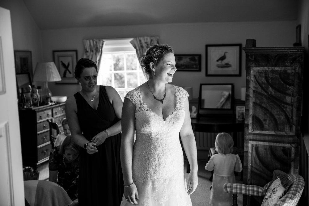 Combe_Manor_Wedding_Photographer_Hungerford_075.jpg
