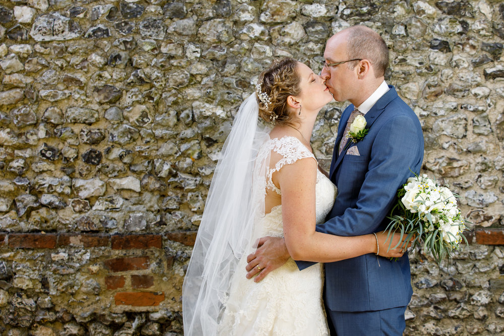 Combe_Manor_Wedding_Photographer_Hungerford_080.jpg