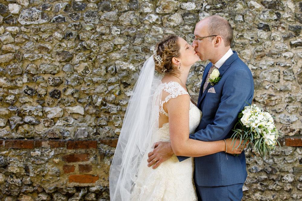 Combe_Manor_Wedding_Photographer_Hungerford_080.jpg