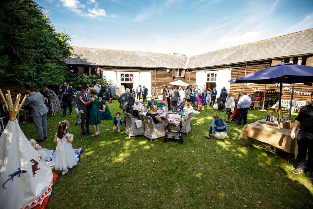 Combe_Manor_Wedding_Photographer_Hungerford_087.jpg