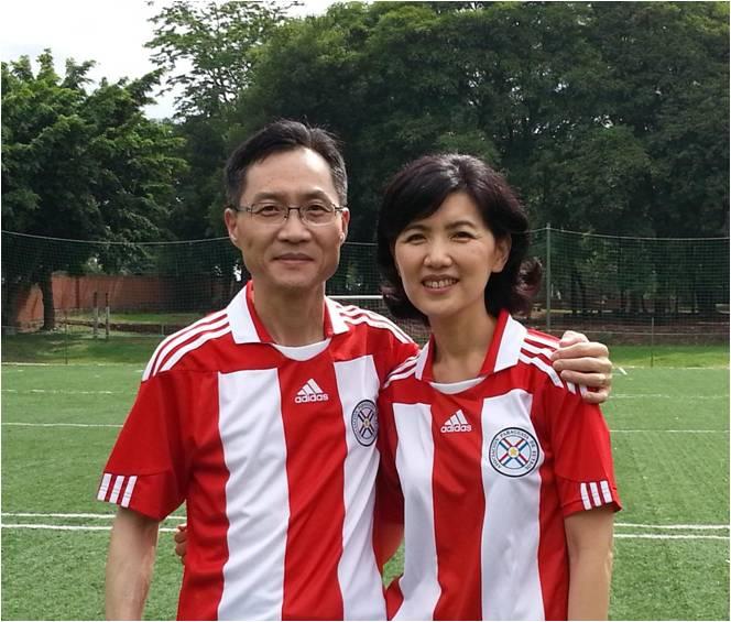 Cho family.jpg