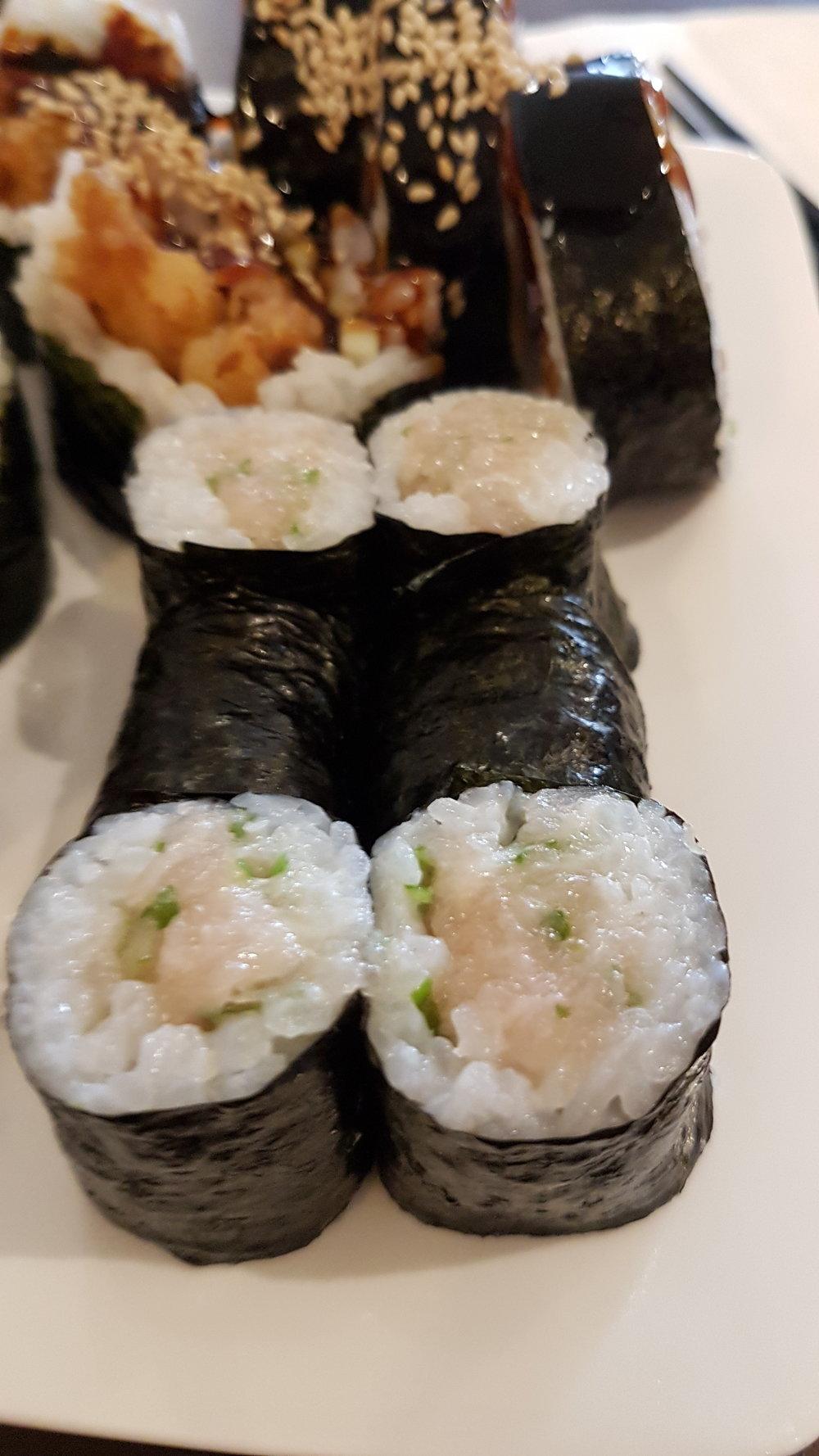 Sushi Zen Negitoro Roll