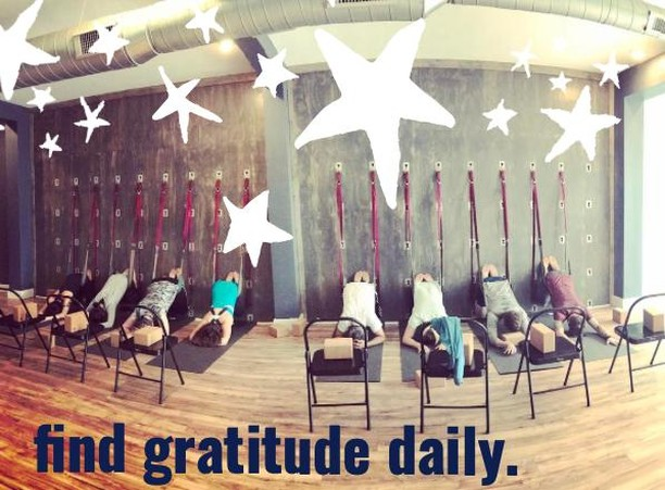 Thanksgiving might be over, but our gratitude extends far beyond one day, or one month. We're grateful everyday...here is a little practice that will help you find gratitude. OH...and you can use: THANKS1111 for that 20% discount on memberships, events and services. #illume #illumepgh #illumepittsburgh #yoga #yogastudio #personalintegration #savasana #meditation #love #gratitude #thankyou #1111 #newbeginnings