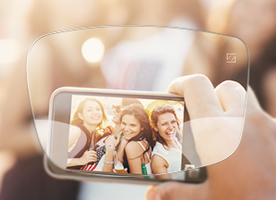 Fresh eyes, relaxed neck and clearer head – even after hours with your smartphone and tablet? Special lenses make it possible!