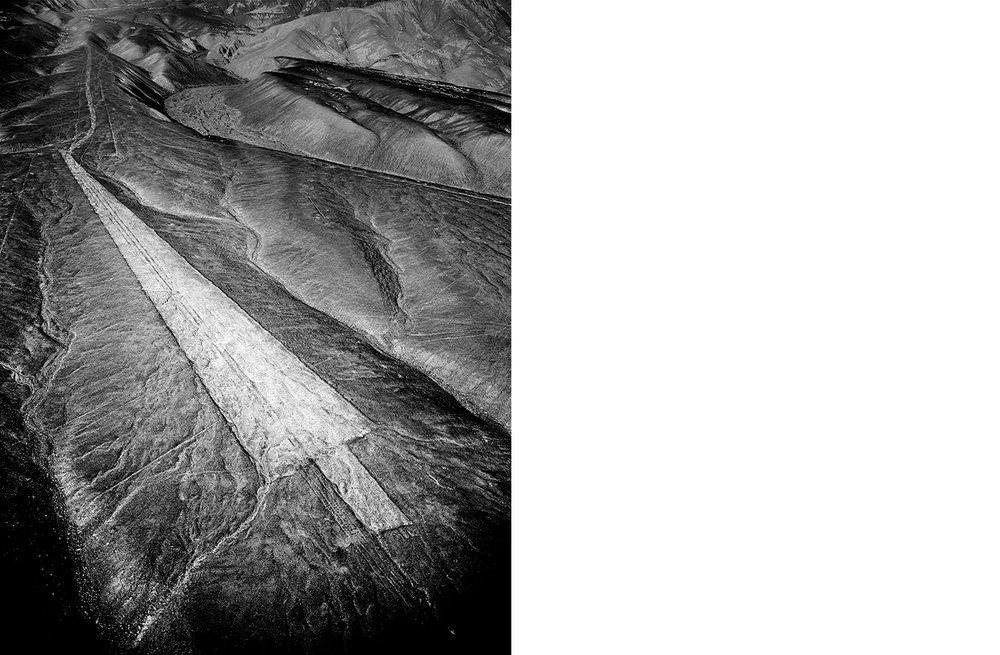 6849-01 Nasca #127  Platinum Palladium Print 12.46 x 16.00 inch Image Size 17.00 x 22.00 Paper Size 1 BAT / 1 PP /3 AP / 18 EDP