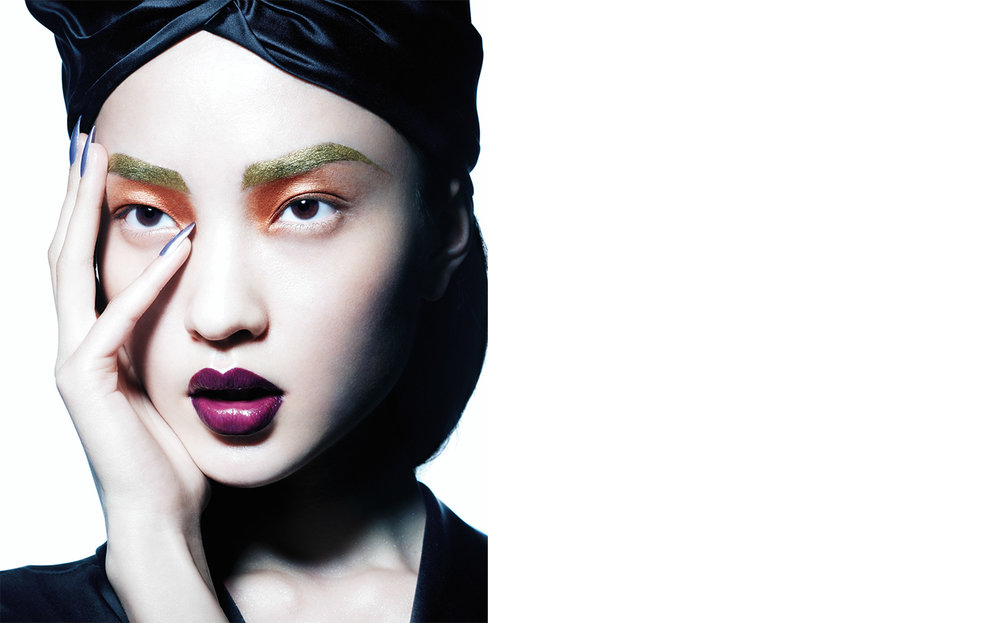 Vogue China HI-TECH COSMETICS   FASHION EDITOR Tiina Laakkonen MAKE UP Fulvia Farolfi