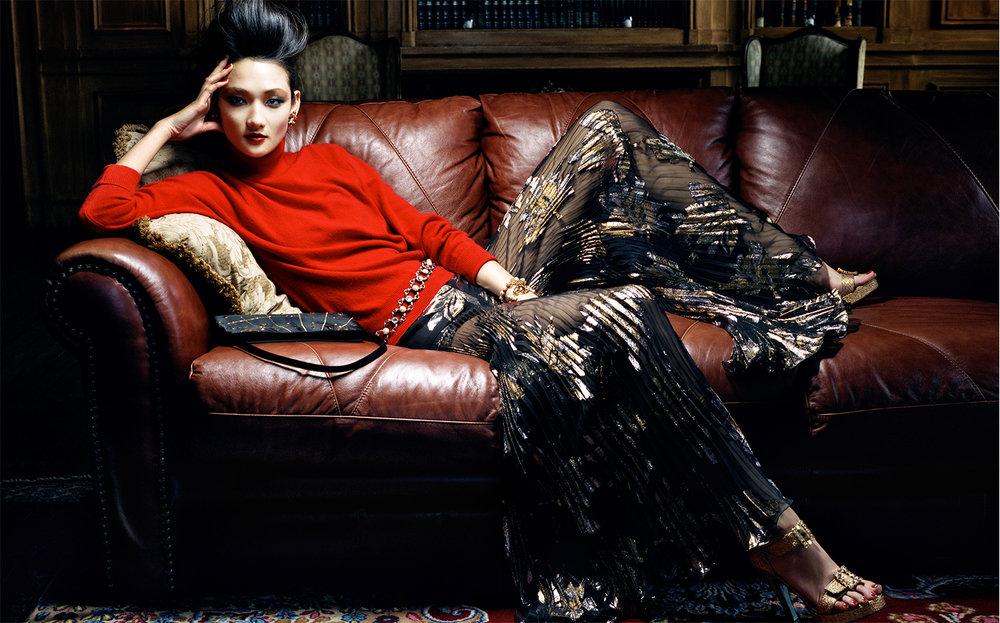 Vogue Japan FRENCH CHIC   FASHION EDITOR Tiina Laakkonen CREATIVE DIRECTOR Debbie Smith