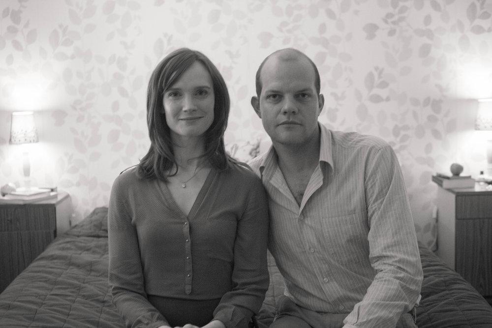 PARTOUZE de Matthieu Donck, 2013, fiction, 21'   Céline et Brigitte en ont marre d'organiser des soirées tupperware.