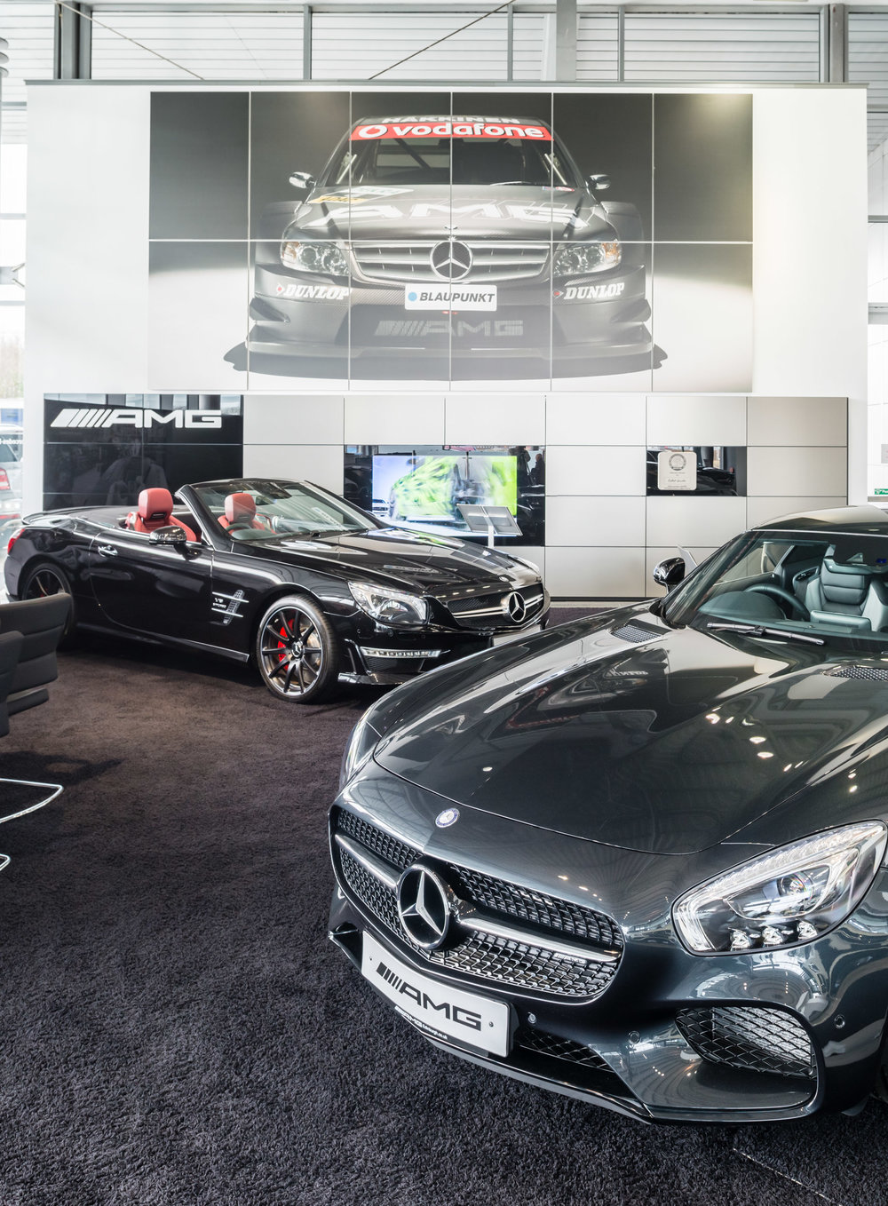 Mercedes_Benz_Smart_Newbridge_Showroom_Story_Photography.jpg