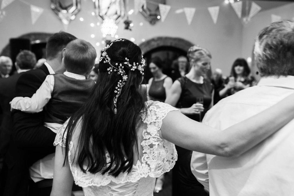 NC-20171210-anne-and-simon-wedding-0407.jpg