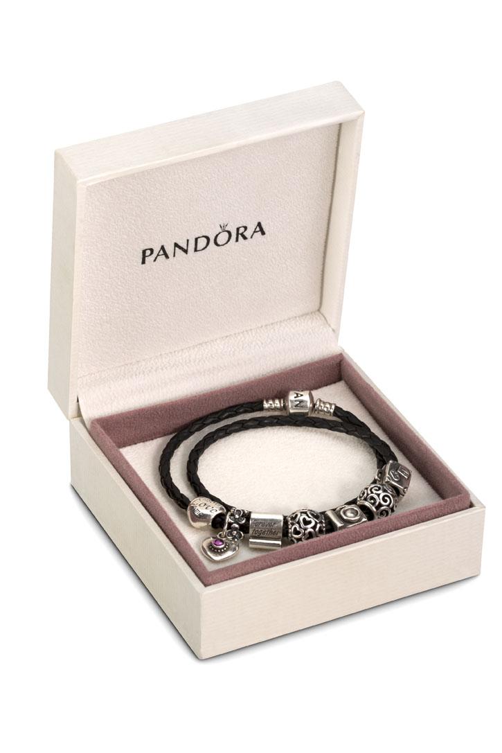 Pandora met schaduw3.jpg