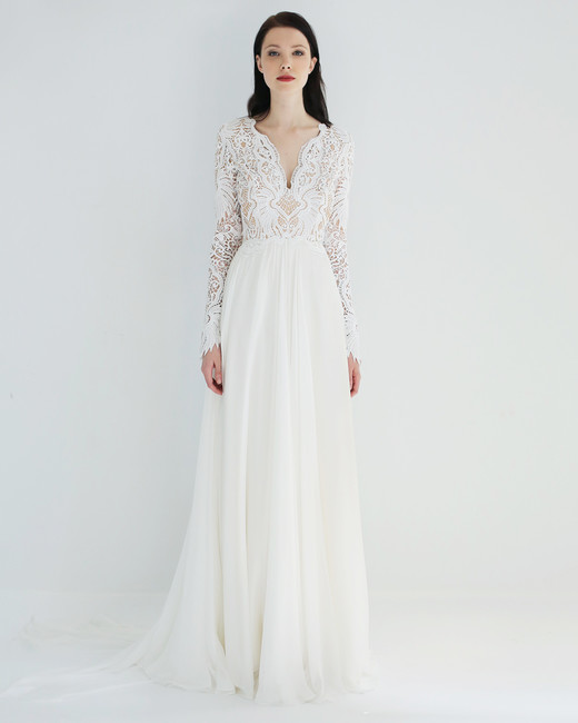 leanne-marshall-wedding-dress-spring2018-6351135-08_vert.jpeg