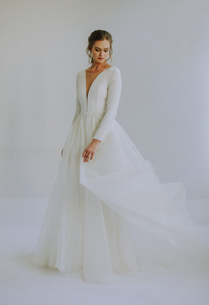 Unique Bridal Gowns and Wedding Dresses — Leanne Marshall