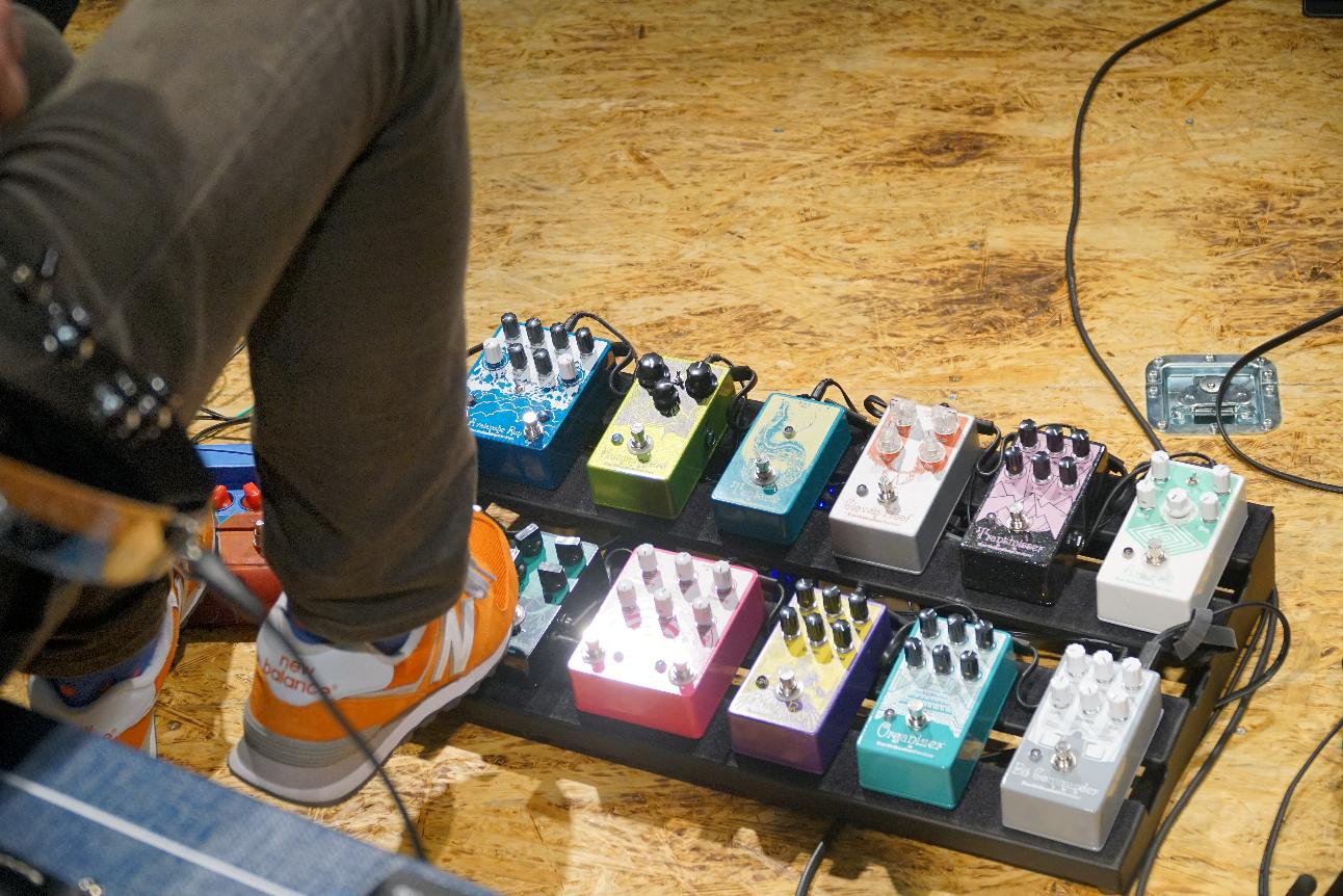 Aarons Bass Hole Get In Line Pedal Order 101 Earthquaker Devices Help Wiring An Led Toggle Switch Retro Rides