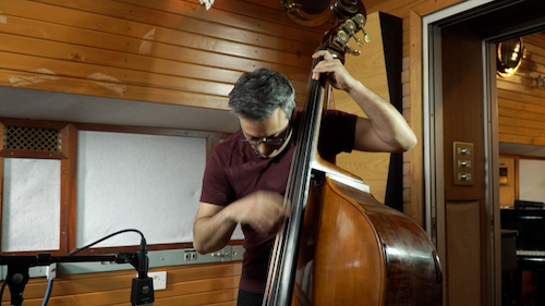 Learn Latin bass lines with our exclusive lessons.