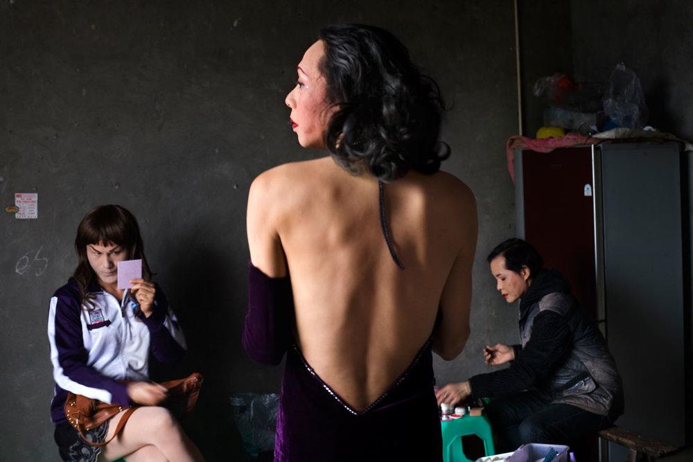 4_Tomoko-Kikuchi_Lala-Zhangjie and Pandra-Sichuan Province_serie-I-and-I_2011.jpg