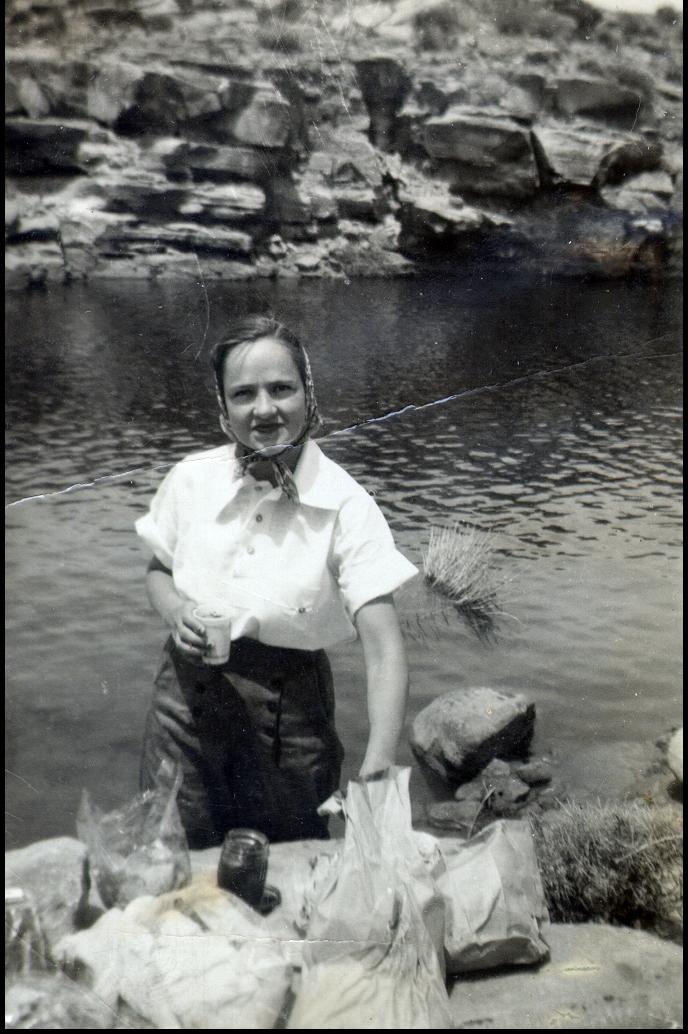1930-013.jpg