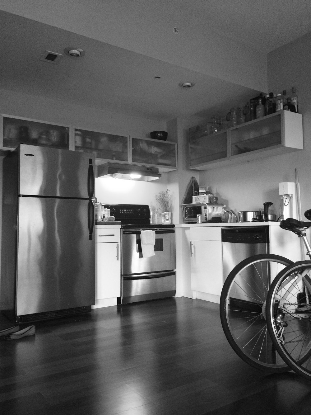 kitchen bw.jpg