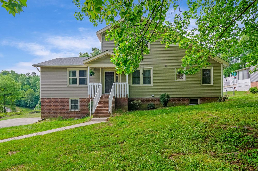 250 Pine Hill Drive  |  Clemmons