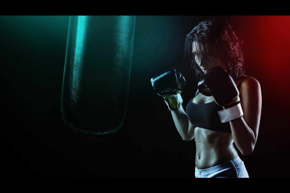 girl-boxer-ring-boxing-pear-163351 (1).jpeg