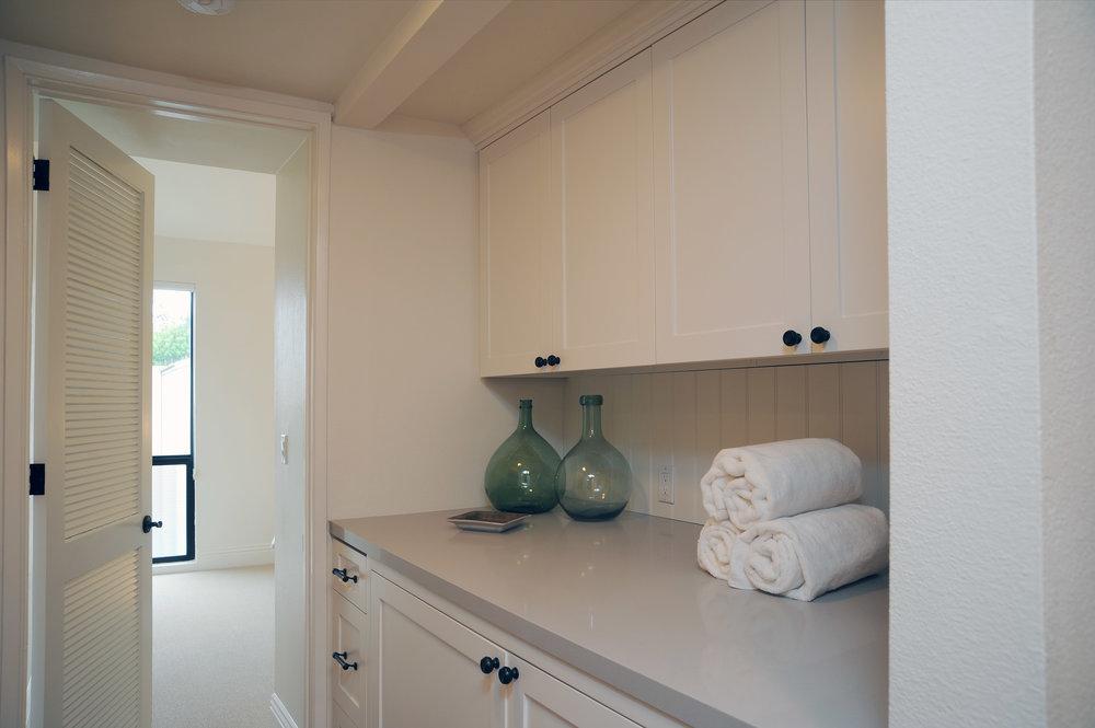 laundry+rm-2477027792-O.jpg