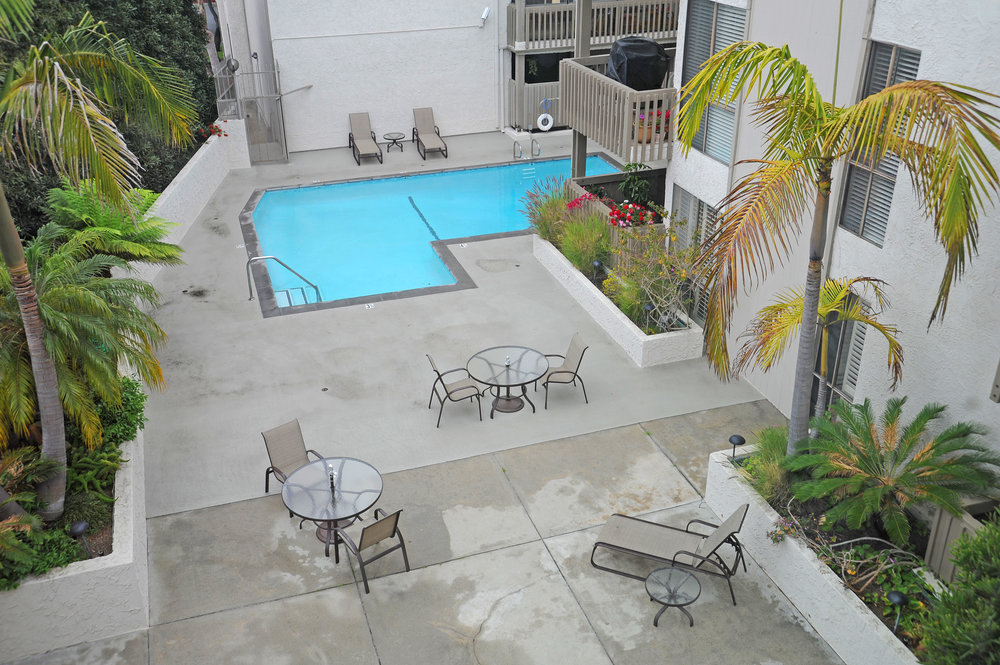 pool+patio+from+above-2477032360-O.jpg