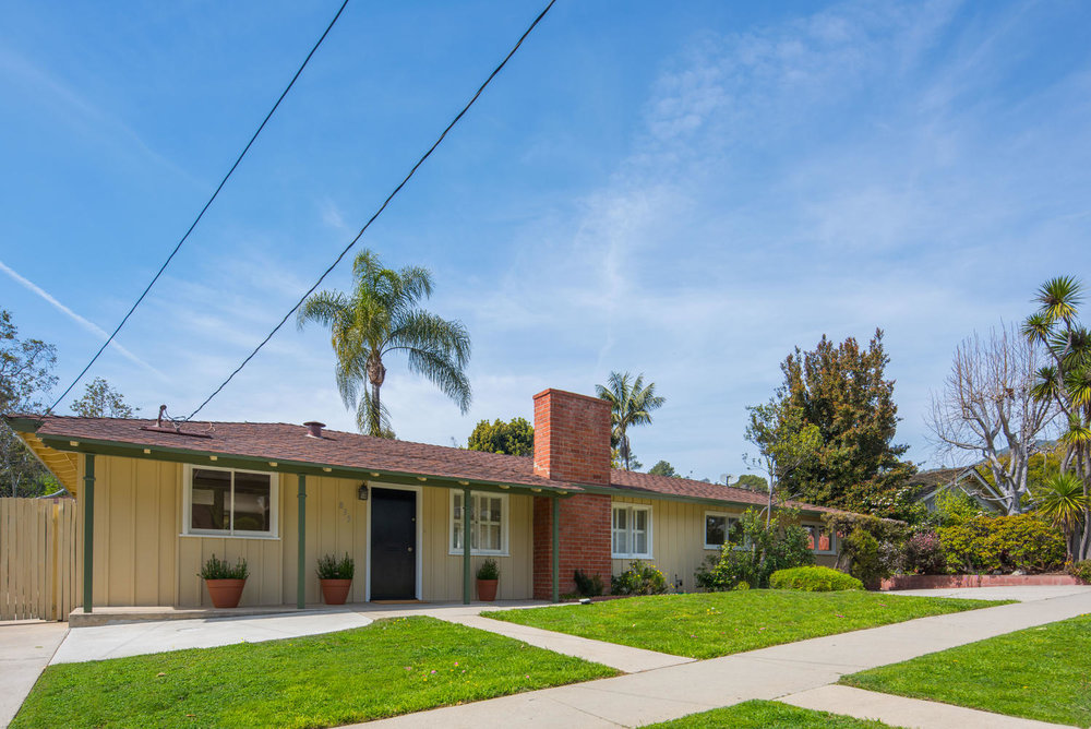 833 Bienveneda Ave Pacific-large-002-9-Exterior-1499x1000-72dpi.jpg