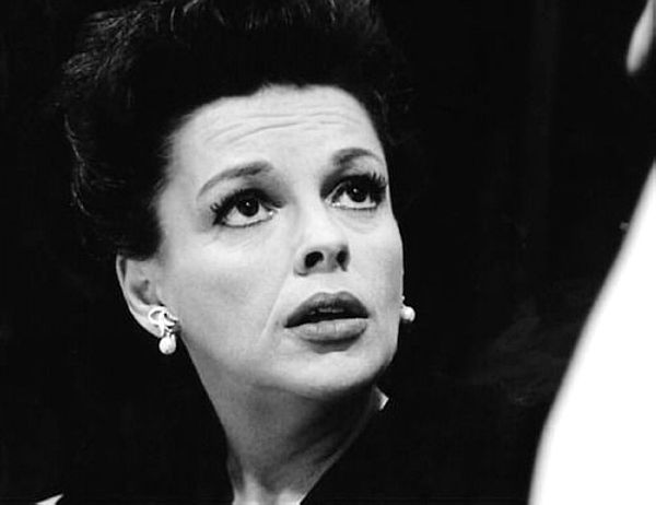 "wehadfacesthen :      Judy Garland , 1964     ""Hollywood is a strange place if you're in trouble. Everybody thinks it's contagious."""