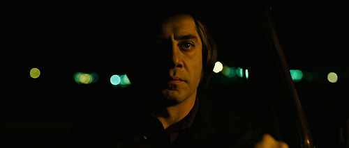 "heidisaman :      ""Someone said to me, early on in film school… if you can photograph the human face you can photograph anything, because that is the most difficult and most interesting thing to photograph. If you can light and photograph the human face to bring out what's within that human face you can do anything.""      – Roger Deakins, cinematographer       Still from  No Country for Old Men  (2007, dir. Joel and Ethan Coen). Cinematography by Roger Deakins"