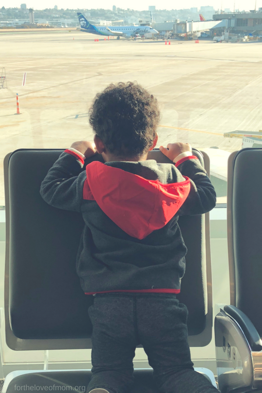 How to Prepare to Fly With a Toddler | #toddlers | #familytravel | #travelwithtoddlers | #momlife | www.fortheloveofmom.org