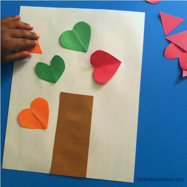 Fall Shape Tree for Toddlers & Preschoolers - For the Love of Mom - fortheloveofmom.org.png