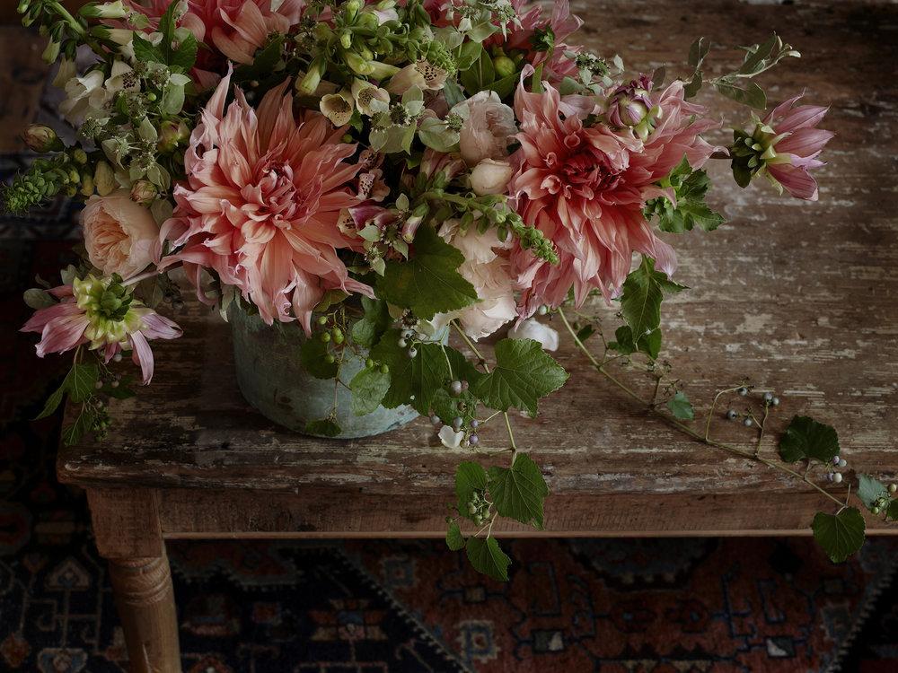 Dahlia_bouquet_01.jpg