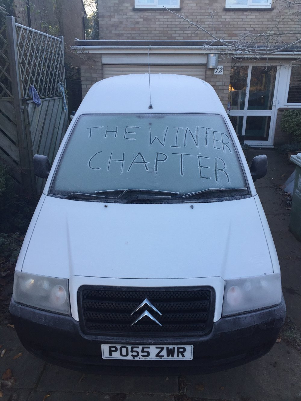 Shortly after buying my first van, winter approaches and i'm starting to convert the van for my ski season.